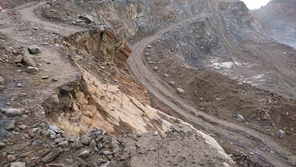 Steinbruch Etagen